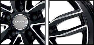 mak-sarthe-black-mirror-detalle